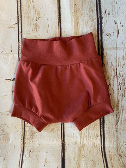 Bubble Shorts in Clay Red